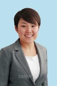 藤田まり(30)新  党市委員会女性・子ども部長。元民間保育園の栄養士。民青同盟枚方交野地区副委員長。