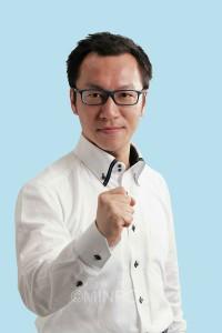 かみの淳一(38)新  党地区若者雇用・平和運動部長、元医療生協かわち野勤務、大阪平和委員会常任理事など歴任。