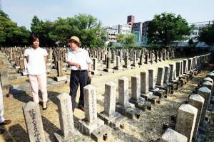 国内最初で最大の軍用墓地。初年兵や自死した兵士、日露戦争の合葬墓や捕虜の墓も