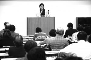 国保料の「府内統一」問題で大阪社保協が開いた説明会=1日、大阪市浪速区内