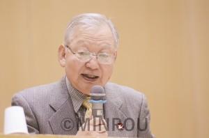 記念講演する日本被団協の木戸事務局長