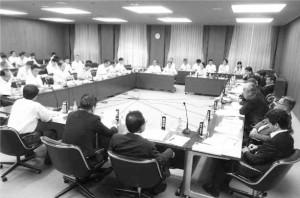 大阪市議会と大阪メトロの第3回連絡会議=2日、大阪市役所内