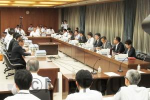 「特別区」の経済効果を議題に開かれた第25回法定協=8月26日、大阪市議会特別委員会室