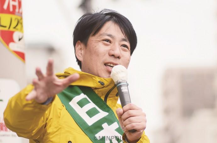 「政令市である大阪市の力を今こそ発揮すべきとき」と訴える小川陽太氏=7日、大阪市中央区内