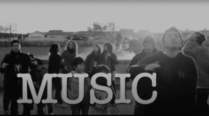 社会派音楽グループ「マイク・サン・ライフ」のライブ動画