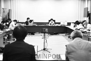 日本共産党府議団が開いた市町村議員団との懇談会=12日、府庁内